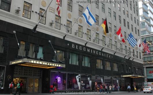Магазин Bloomingdales в Нью-Йорке